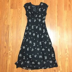 Jones wear floral dress size 8
